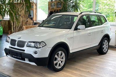 BMW X3 2,5si Aut. xDrive /Servicegepflegt & Pickerl NEU/ bei Alois Krydl GmbH in